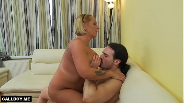 Big mom, Big tits mom, Mom big tits, Milf mom, Big moms, Eating pussy