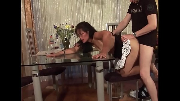 Housewife, Table, Asian mature, Mature asian